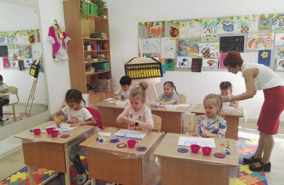 ИЗО студия в Новороссийске в центре детского ращвития Пазл